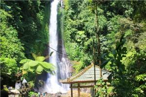 bali git git waterfall