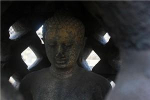 budhist statue borobudur