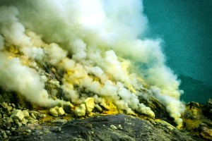 ijen crater tour from malang 4