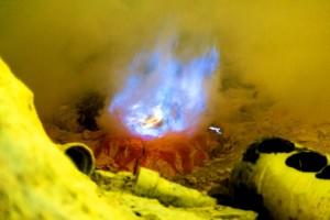 ijen crater tour from surabaya 1