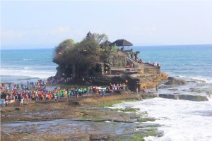 tanah lot temple tour bali